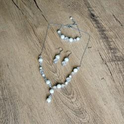 Souprava z voskových perel